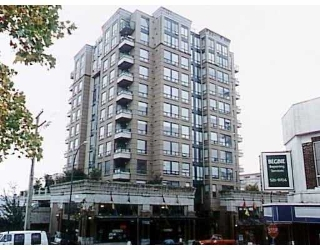 "Main Photo: 305 720 CARNARVON ST in New Westminster: Downtown NW Condo for sale in ""CARNARVON TOWERS"" : MLS® # V590167"