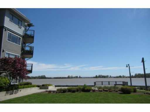 "Main Photo: 102 14200 RIVERPORT Way in Richmond: East Richmond Condo for sale in ""WATERSTONE PIER"" : MLS® # V1001716"
