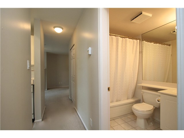 "Main Photo: # 307 511 W 7TH AV in Vancouver: Fairview VW Condo for sale in ""Beverly Gardens"" (Vancouver West)  : MLS® # V967522"