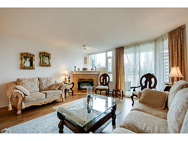 Photo 3: # 202 7108 EDMONDS ST in Burnaby: Edmonds BE Condo for sale (Burnaby East)  : MLS® # V1051106