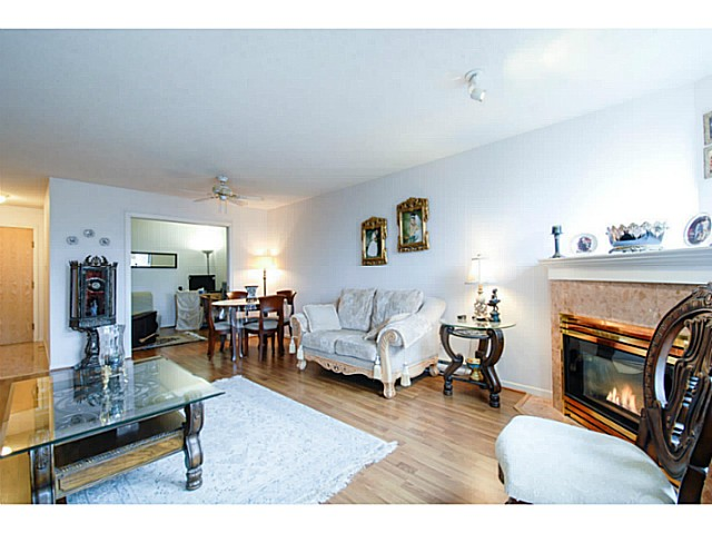 Photo 4: # 202 7108 EDMONDS ST in Burnaby: Edmonds BE Condo for sale (Burnaby East)  : MLS® # V1051106