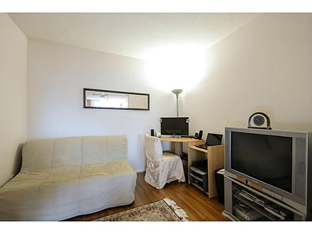 Photo 5: # 202 7108 EDMONDS ST in Burnaby: Edmonds BE Condo for sale (Burnaby East)  : MLS® # V1051106