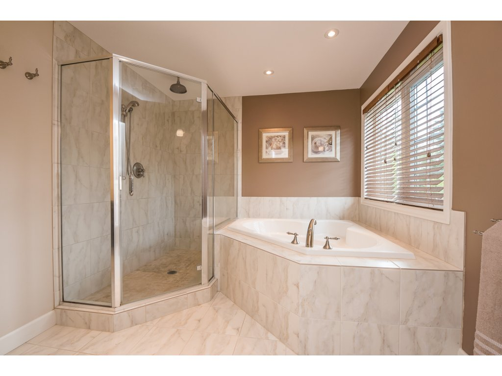 Photo 24: 32384 Richards Avenue in Mission: Mission BC House for sale