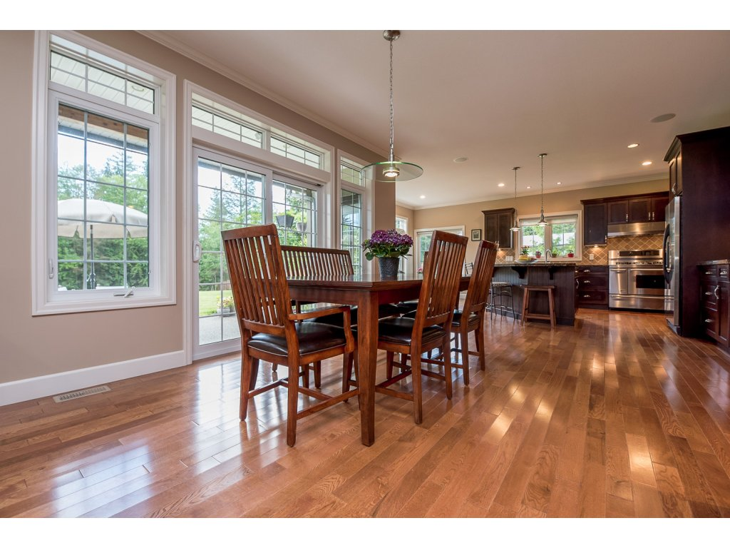 Photo 12: 32384 Richards Avenue in Mission: Mission BC House for sale