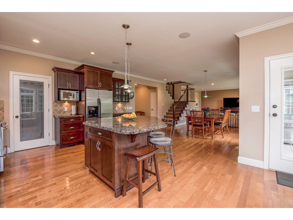 Photo 13: 32384 Richards Avenue in Mission: Mission BC House for sale