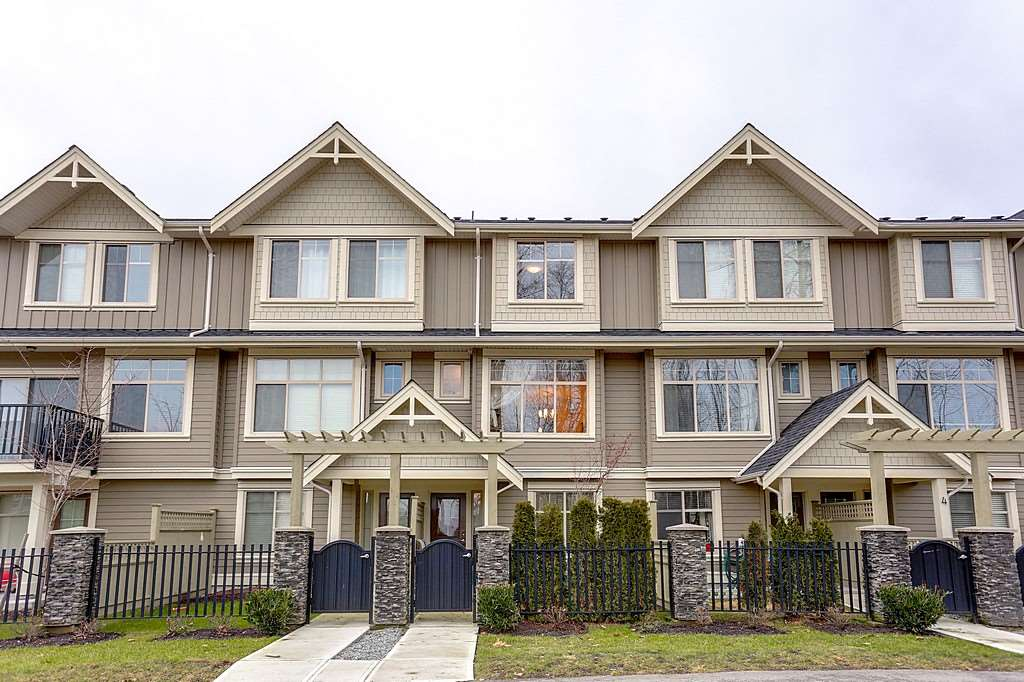 Photo 3: 6 19525 73 AVENUE in Surrey: Clayton Townhouse for sale (Cloverdale)  : MLS® # R2135656
