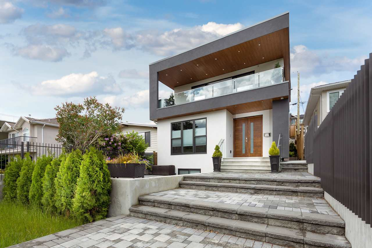 FEATURED LISTING: 35 ELLESMERE Avenue Burnaby