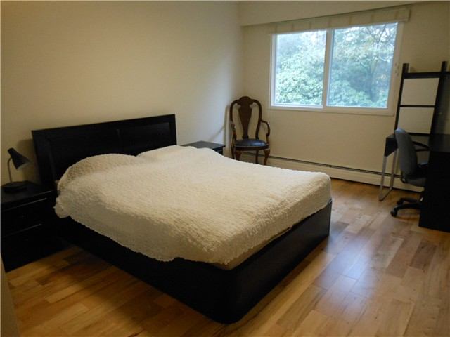 Photo 6: 8 5515 OAK Street in Vancouver: Shaughnessy Condo for sale (Vancouver West)  : MLS(r) # V978668