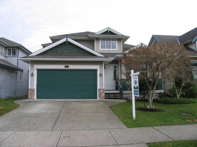 "Main Photo: 6238 167A ST in Surrey: Cloverdale BC House for sale in ""CLOVER RIDGE"" (Cloverdale)  : MLS®# F1300016"