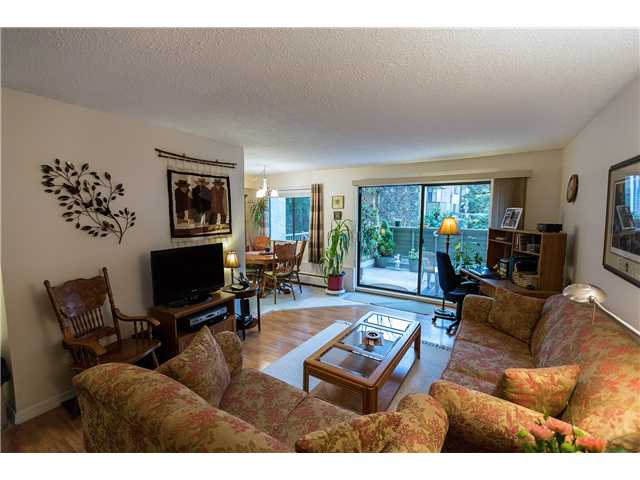 "Main Photo: 1 2431 KELLY Avenue in Port Coquitlam: Central Pt Coquitlam Condo for sale in ""ORCHARD VALLEY ESTATES"" : MLS® # V992019"