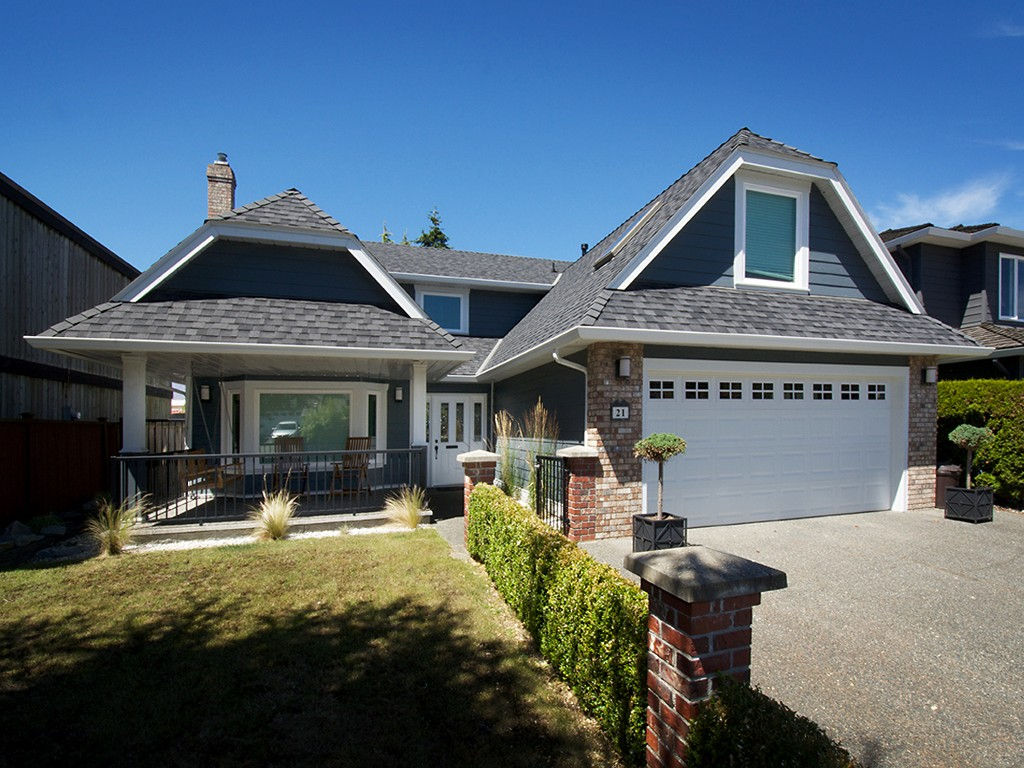 "Main Photo: 21 CENTENNIAL Parkway in Tsawwassen: Boundary Beach House for sale in ""BOUNDARY BAY"" : MLS®# V1073401"