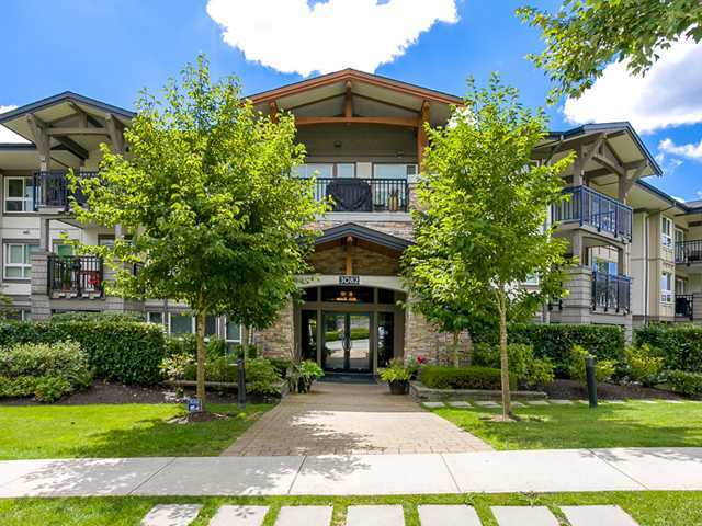 Main Photo: # 308 3082 DAYANEE SPRINGS BV in Coquitlam: Westwood Plateau Condo for sale : MLS® # V1090701