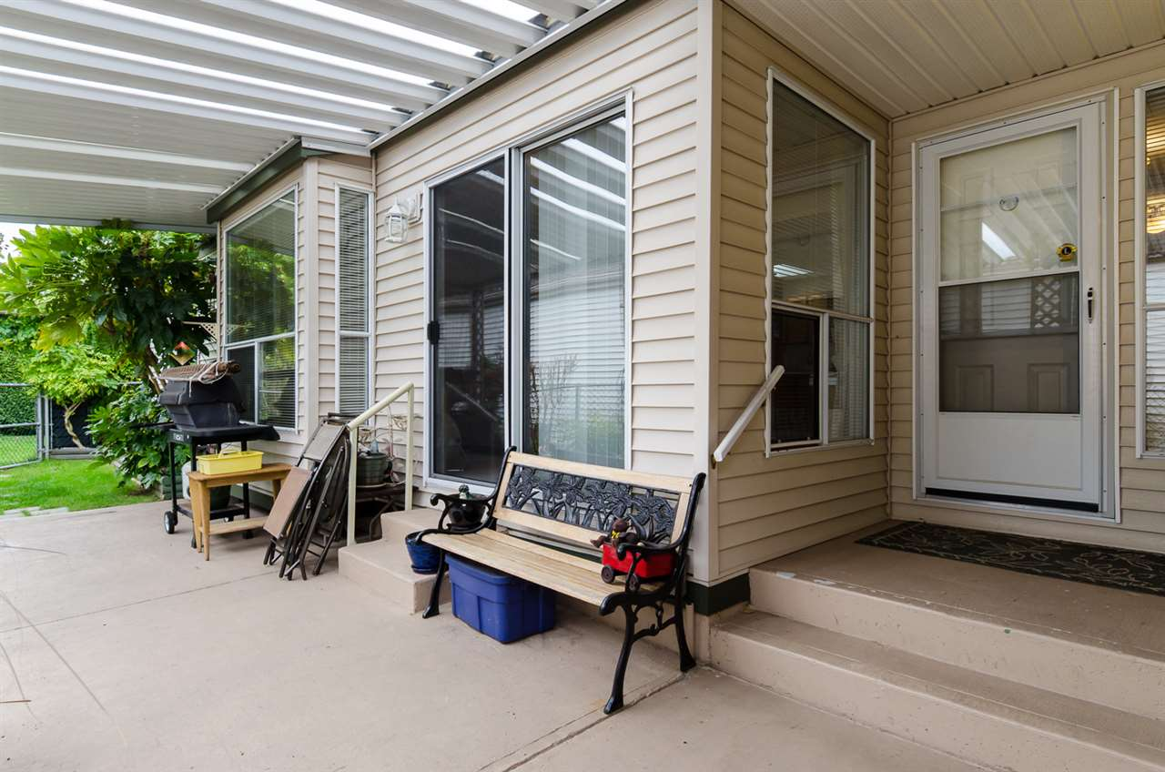 Photo 3: 62 2345 CRANLEY DRIVE in Surrey: King George Corridor Manufactured Home for sale (South Surrey White Rock)  : MLS(r) # R2006988