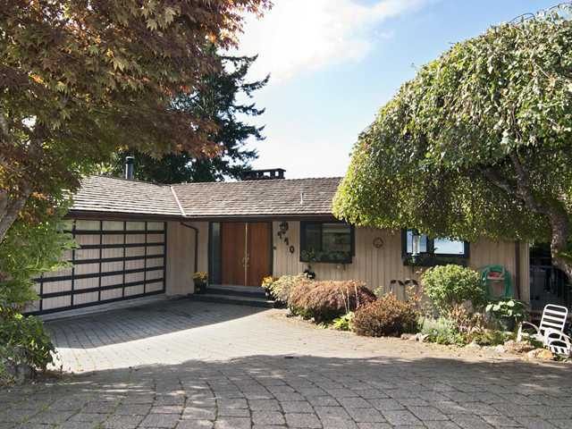 "Main Photo: 440 TIMBERTOP Drive: Lions Bay House for sale in ""LIONS BAY"" (West Vancouver)  : MLS(r) # V939444"