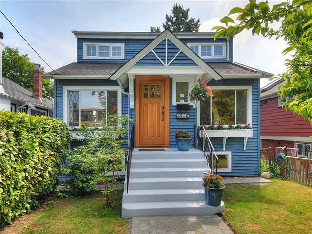 Main Photo: 4346 JAMES Street in Vancouver: Main House for sale (Vancouver East)  : MLS®# V957626