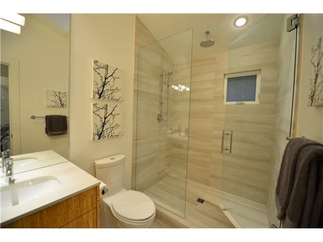 Photo 9: 2839 ST GEORGE Street in Vancouver: Mount Pleasant VE House 1/2 Duplex for sale (Vancouver East)  : MLS® # V981308