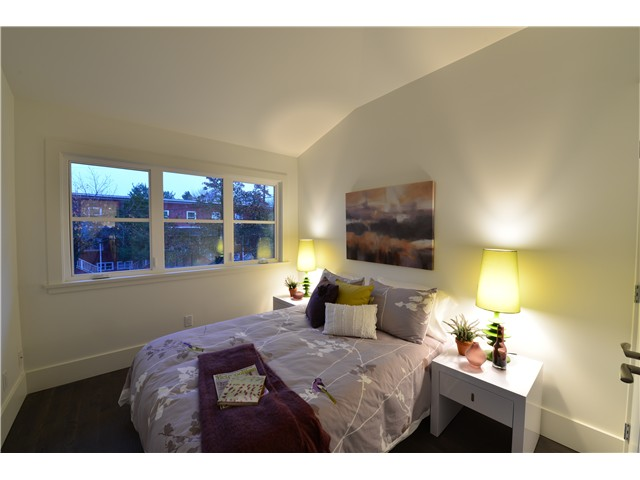 Photo 7: 2839 ST GEORGE Street in Vancouver: Mount Pleasant VE House 1/2 Duplex for sale (Vancouver East)  : MLS® # V981308