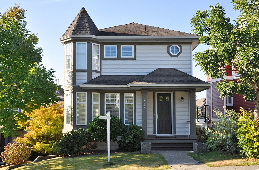 "Main Photo: 5687 149TH Street in Surrey: Sullivan Station House for sale in ""PANORAMA VILLAGE"" : MLS® # F1301999"