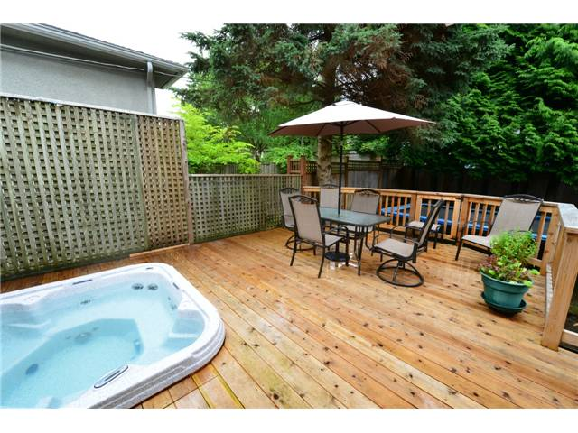 "Photo 7: 6612 BEECHWOOD Street in Vancouver: S.W. Marine House for sale in ""Kerrisdale"" (Vancouver West)  : MLS® # V1014628"