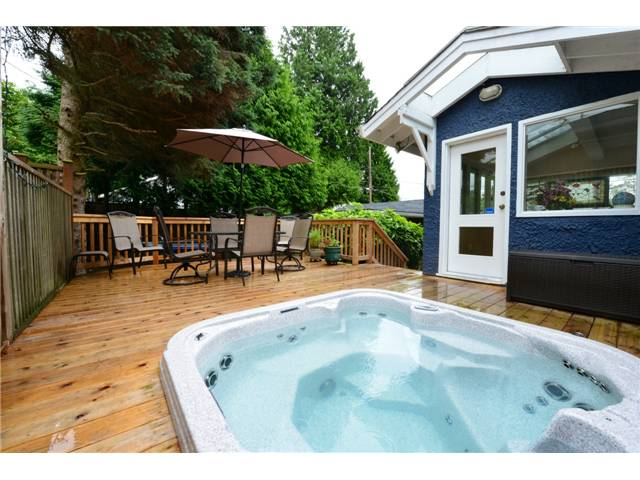 "Photo 6: 6612 BEECHWOOD Street in Vancouver: S.W. Marine House for sale in ""Kerrisdale"" (Vancouver West)  : MLS® # V1014628"