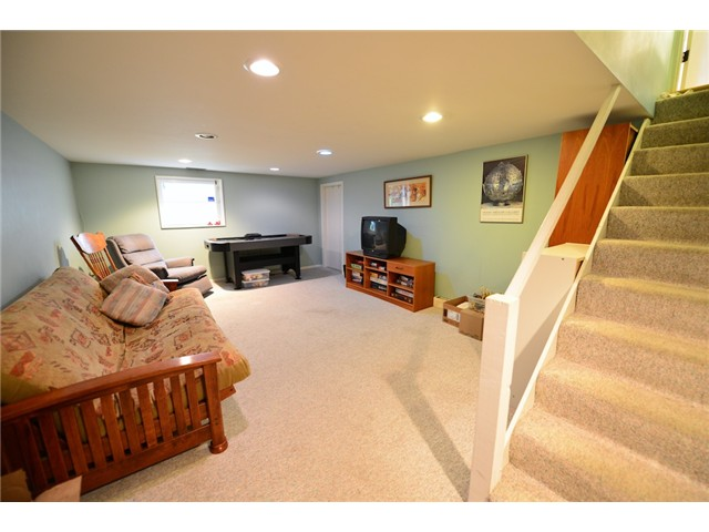 "Photo 14: 6612 BEECHWOOD Street in Vancouver: S.W. Marine House for sale in ""Kerrisdale"" (Vancouver West)  : MLS® # V1014628"