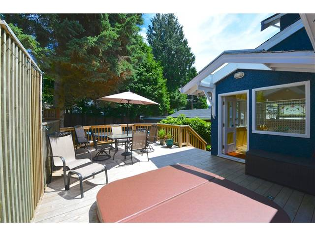 "Photo 5: 6612 BEECHWOOD Street in Vancouver: S.W. Marine House for sale in ""Kerrisdale"" (Vancouver West)  : MLS® # V1014628"