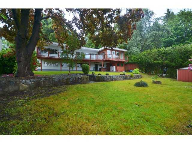 Main Photo: 1360 Queens Avenue in West Vancouver: Ambleside House for sale : MLS® # V1077497