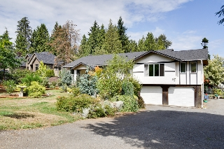 Main Photo: 24105 61 Avenue in Langley: House for sale
