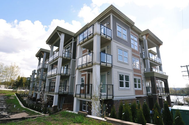 Main Photo: 210 11580 223 STREET in Maple Ridge: West Central Condo for sale : MLS®# R2016657
