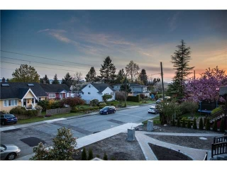 Main Photo: 528 E 10TH Street in North Vancouver: Boulevard House for sale : MLS(r) # V1008338