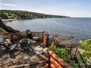 Main Photo: 1917 BONITO Crescent in NANOOSE BAY: Z5 Nanoose House for sale (Zone 5 - Parksville/Qualicum)  : MLS® # 374845