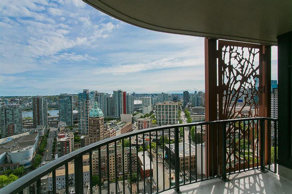 Main Photo: 3306 128 W Cordova Street in Vancouver: Downtown VW Condo for sale (Vancouver West)