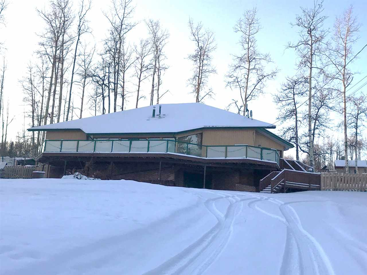 FEATURED LISTING: 13241 LAKESHORE Drive Charlie Lake