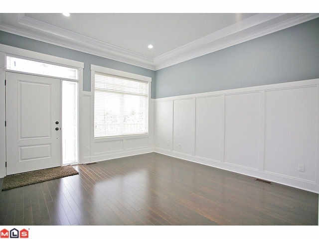 Photo 2: 21140 77B AV in : Willoughby Heights House for sale : MLS® # F1128430