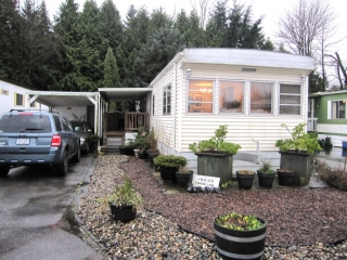 "Main Photo: 80 19646 PINYON Lane in Pitt Meadows: Central Meadows Manufactured Home for sale in ""MEADOW HIGHLAND MOBILE HOME COOP"" : MLS®# V997787"