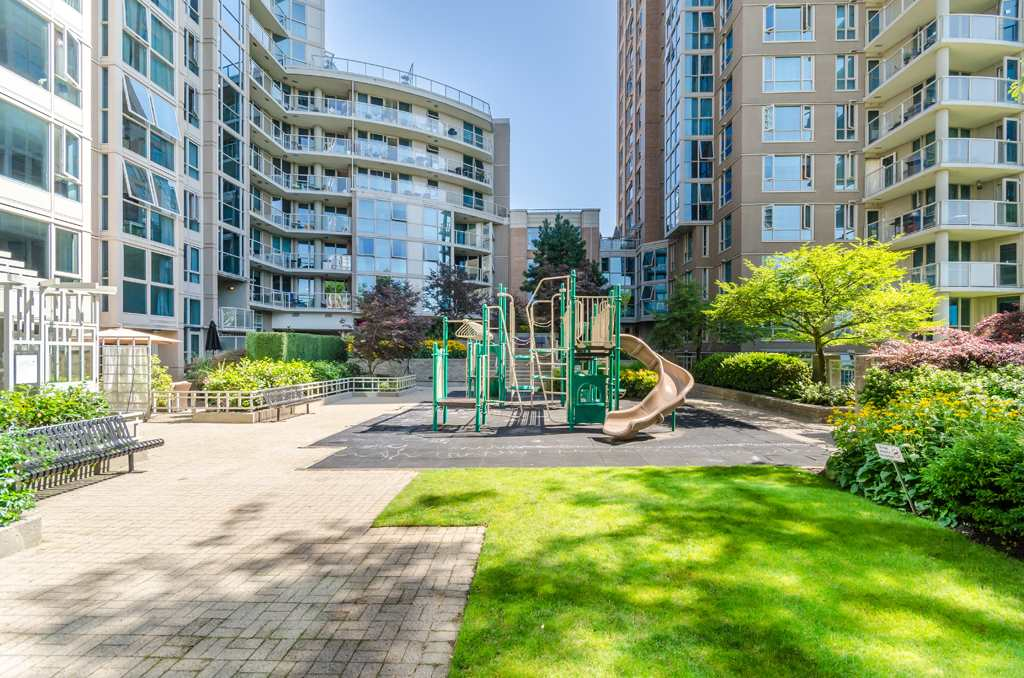 Photo 20: 102 1388 HOMER STREET in Vancouver: Yaletown Condo for sale (Vancouver West)  : MLS(r) # R2123789
