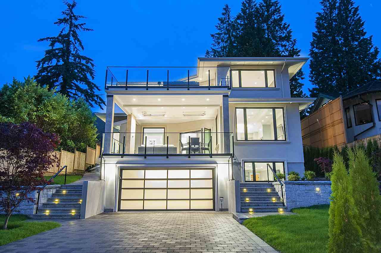 Main Photo: 2616 PALMERSTON AVENUE in West Vancouver: Dundarave House for sale : MLS(r) # R2130033