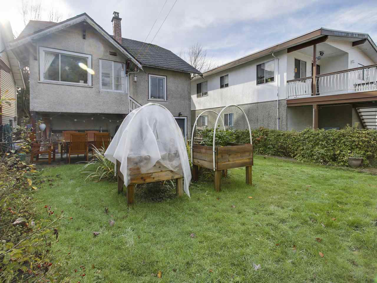 Photo 19: 2637 CAMBRIDGE STREET in Vancouver: Hastings East House for sale (Vancouver East)  : MLS(r) # R2129476