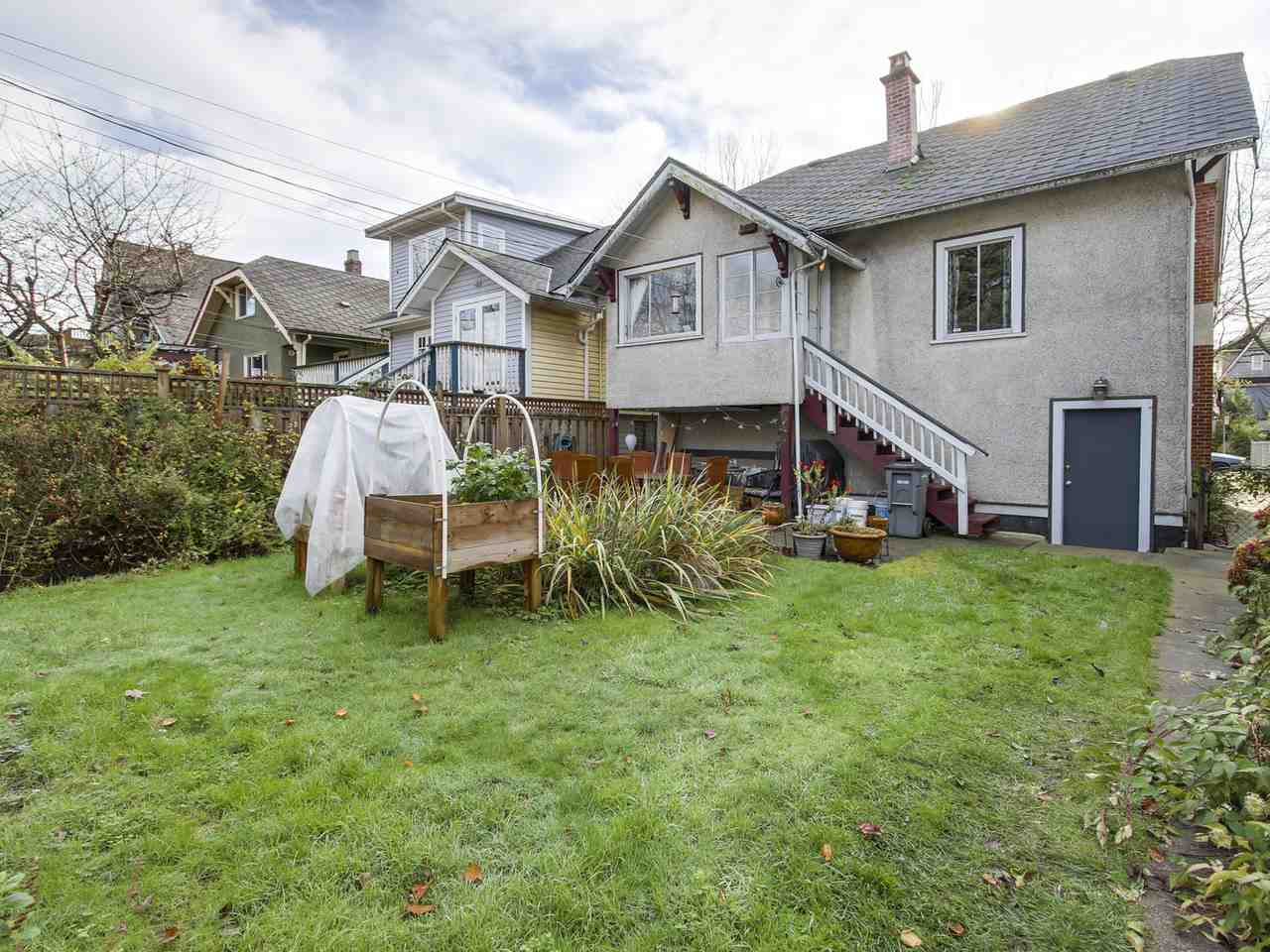 Photo 18: 2637 CAMBRIDGE STREET in Vancouver: Hastings East House for sale (Vancouver East)  : MLS(r) # R2129476