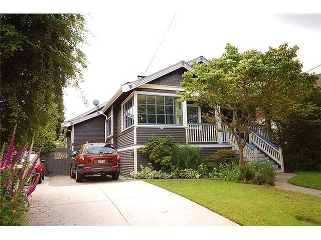 Main Photo: 112 REGINA Street in New Westminster: Queens Park House for sale : MLS(r) # V957572