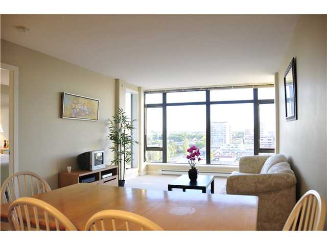 "Main Photo: 1405 6351 BUSWELL Street in Richmond: Brighouse Condo for sale in ""EMPORIO"" : MLS®# V974845"