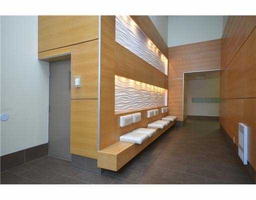 "Photo 2: 603 531 BEATTY Street in Vancouver: Downtown VW Condo for sale in ""METROLIVING"" (Vancouver West)  : MLS(r) # V1001484"