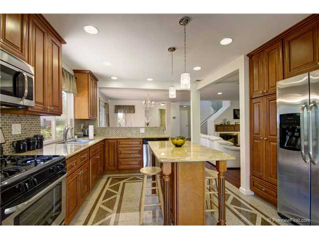 Photo 10: CARMEL VALLEY House for sale : 4 bedrooms : 3970 Carmel Springs Way in San Diego