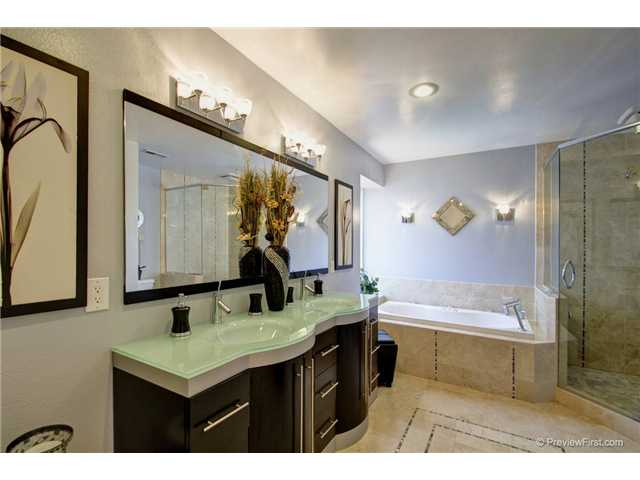 Photo 14: CARMEL VALLEY House for sale : 4 bedrooms : 3970 Carmel Springs Way in San Diego