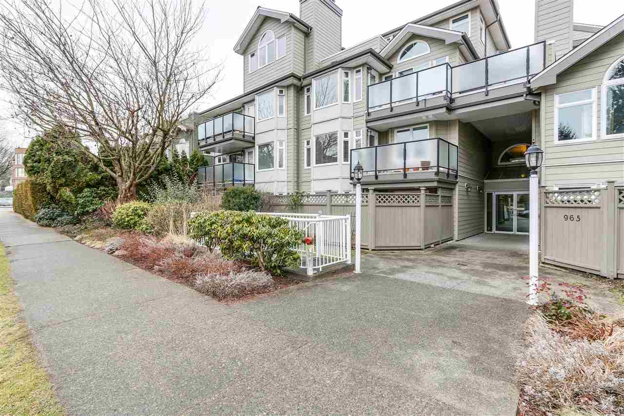 Photo 13: 105 965 W 15TH AVENUE in Vancouver: Fairview VW Condo for sale (Vancouver West)  : MLS(r) # R2142454