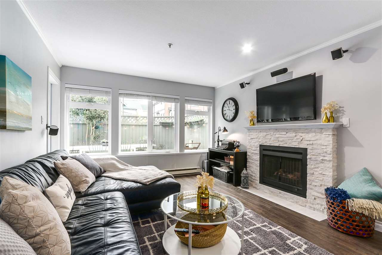 Photo 2: 105 965 W 15TH AVENUE in Vancouver: Fairview VW Condo for sale (Vancouver West)  : MLS(r) # R2142454