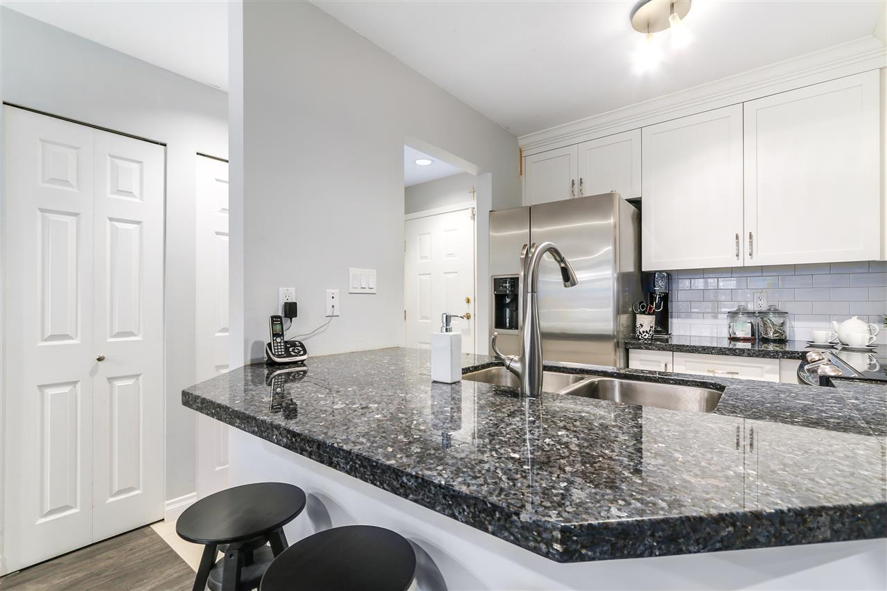 Photo 7: 105 965 W 15TH AVENUE in Vancouver: Fairview VW Condo for sale (Vancouver West)  : MLS(r) # R2142454