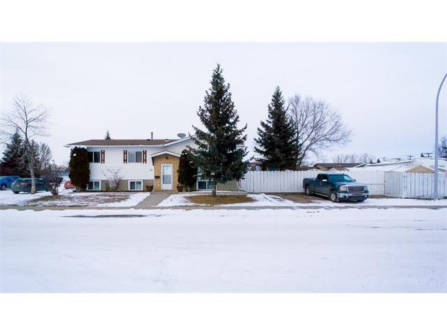 Main Photo: 33 Spring Haven Cres SE: Airdrie House for sale : MLS® # C4102976