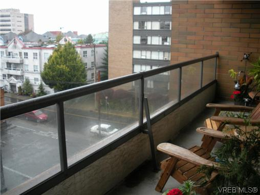 Photo 11: 504 1630 Quadra Street in VICTORIA: Vi Central Park Condo Apartment for sale (Victoria)  : MLS® # 316156