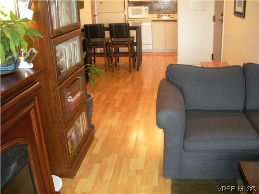 Photo 13: 504 1630 Quadra Street in VICTORIA: Vi Central Park Condo Apartment for sale (Victoria)  : MLS® # 316156